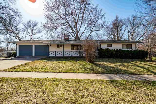 745 Westgate St, Iowa City, IA 52246 (MLS #202101705) :: Lepic Elite Home Team