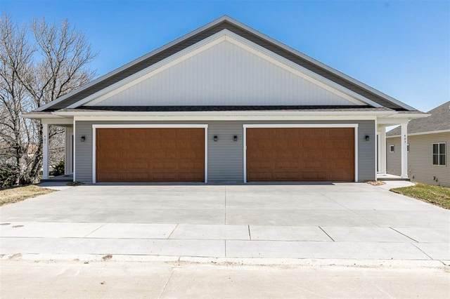 403 S 2nd St, West Branch, IA 52358 (MLS #202101708) :: Lepic Elite Home Team
