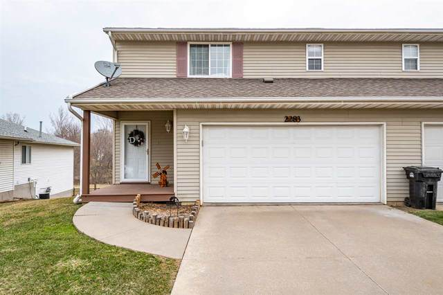 2283 Holiday Rd, Coralville, IA 52241 (MLS #202101734) :: The Johnson Team