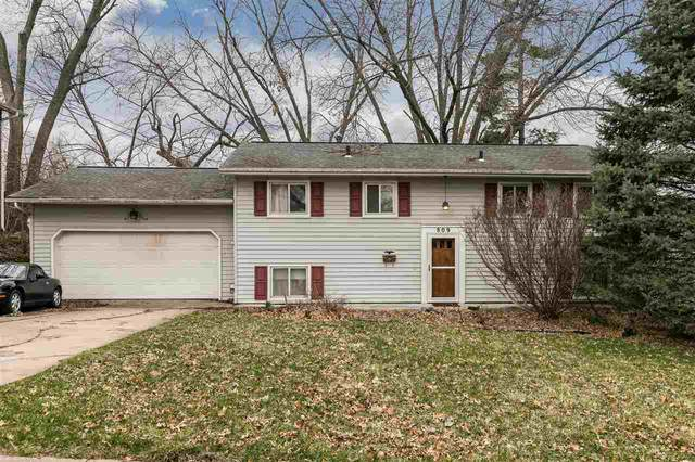 809 Southlawn Dr, Iowa City, IA 52245 (MLS #202101843) :: The Johnson Team