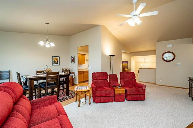 1638 Terrapin Dr, Iowa City, IA 52240 (MLS #202101845) :: Lepic Elite Home Team
