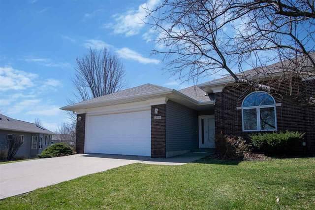 3309 Chatham Pl, Iowa City, IA 52240 (MLS #202101866) :: Lepic Elite Home Team