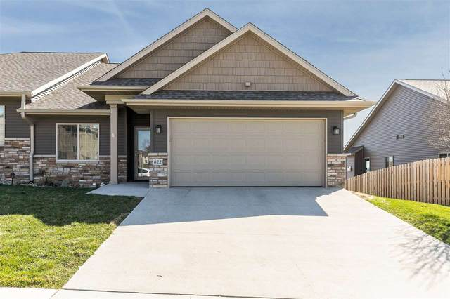 622 Croell Ave, Tiffin, IA 52340 (MLS #202101867) :: The Johnson Team