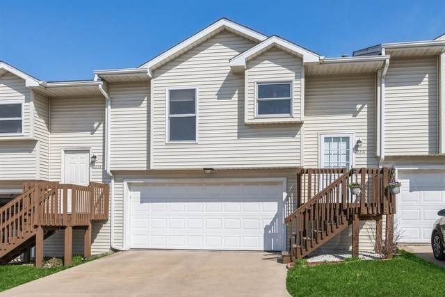 2231 9th St, Coralville, IA 52241 (MLS #202101987) :: Lepic Elite Home Team