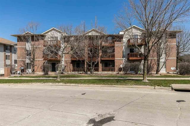 420 Westside Dr, Iowa City, IA 52246 (MLS #202102010) :: The Johnson Team