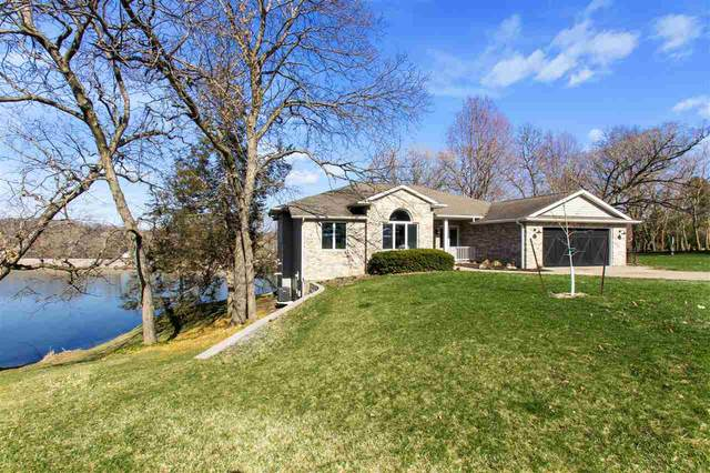 1709 12th Ave, Coralville, IA 52241 (MLS #202102021) :: Lepic Elite Home Team