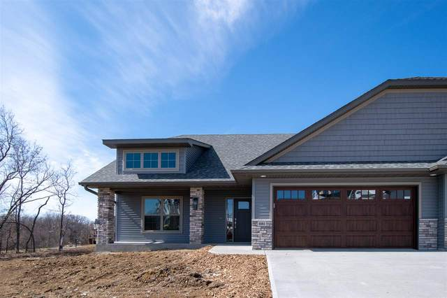 1081 Dubs Dr, Iowa City, IA 52246 (MLS #202102046) :: Lepic Elite Home Team