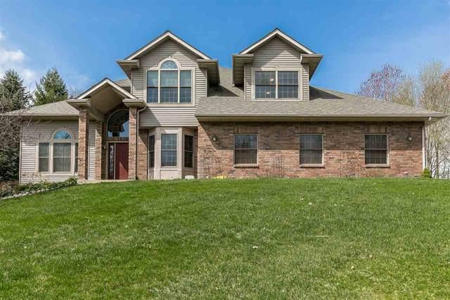 3905 Hensleigh Drive Ne, Iowa City, IA 52240 (MLS #202102063) :: The Johnson Team