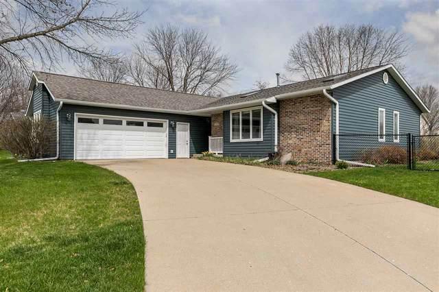 1309 Chamberlain Dr, Iowa City, IA 52240 (MLS #202102113) :: Lepic Elite Home Team