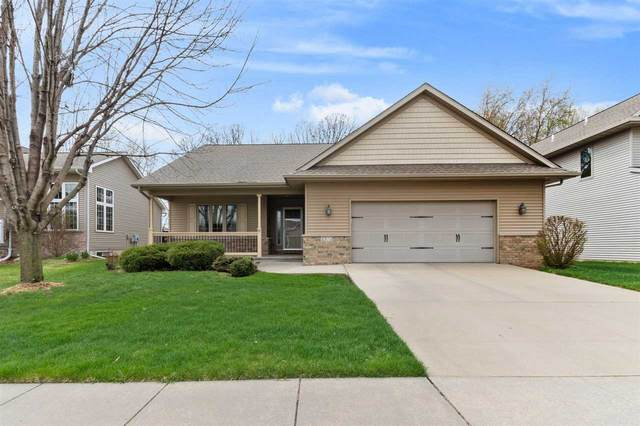 2372 Belmont Dr, Coralville, IA 52241 (MLS #202102114) :: Lepic Elite Home Team
