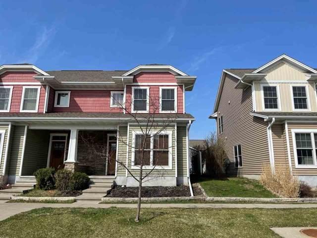 1843 Richmond Ln, Iowa City, IA 52240 (MLS #202102119) :: Lepic Elite Home Team