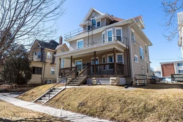 121 N Van Buren St, Iowa City, IA 52245 (MLS #202102135) :: Lepic Elite Home Team