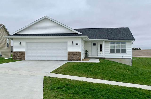 185 Kenton Way, Williamsburg, IA 52361 (MLS #202102205) :: The Johnson Team