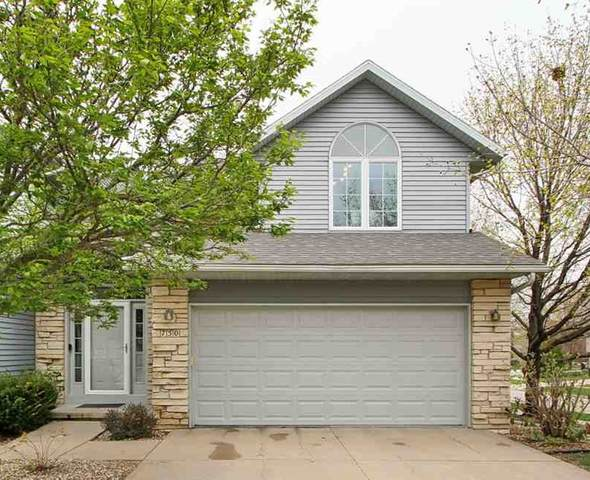 750 West Side Drive, Iowa City, IA 52246 (MLS #202102287) :: Lepic Elite Home Team