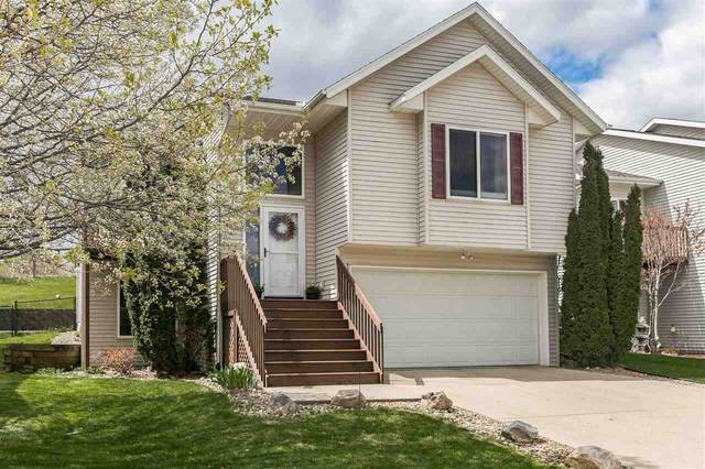 63 Andrea Ct, Iowa City, IA 52246 (MLS #202102342) :: The Johnson Team