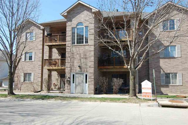 2865 Coral Ct #102, Coralville, IA 52241 (MLS #202102420) :: The Johnson Team