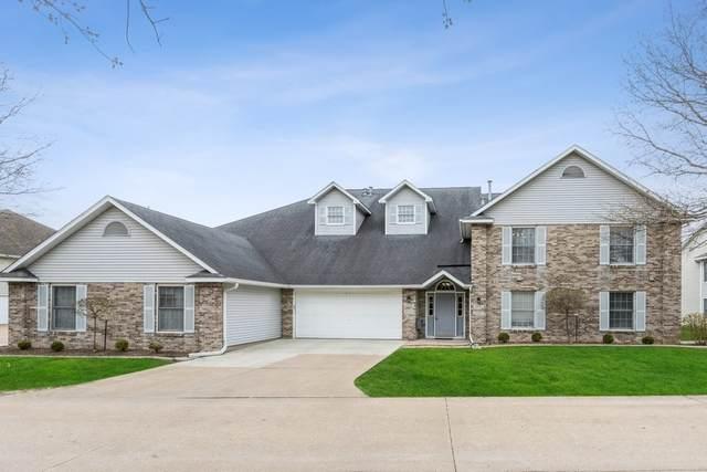 2341 Willowbrooke Ln, Iowa City, IA 52246 (MLS #202102429) :: The Johnson Team