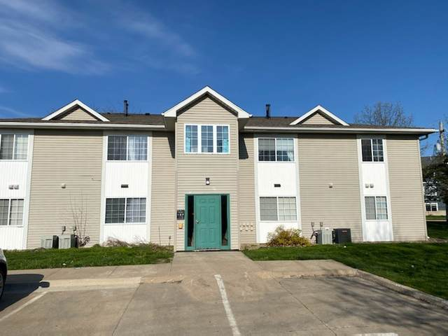 2601 & 2661 Lakeside Dr 2601 1A-D, 2A-D, Iowa City, IA 52240 (MLS #202102472) :: The Johnson Team