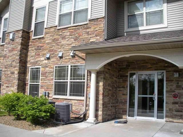 1722 Algonquin Rd, Iowa City, IA 52240 (MLS #202102484) :: Lepic Elite Home Team