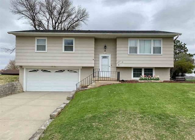107 Circle Drive, Williamsburg, IA 52361 (MLS #202102485) :: Lepic Elite Home Team