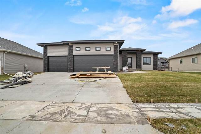 1915 Timber Wolf Dr, North Liberty, IA 52317 (MLS #202102492) :: The Johnson Team