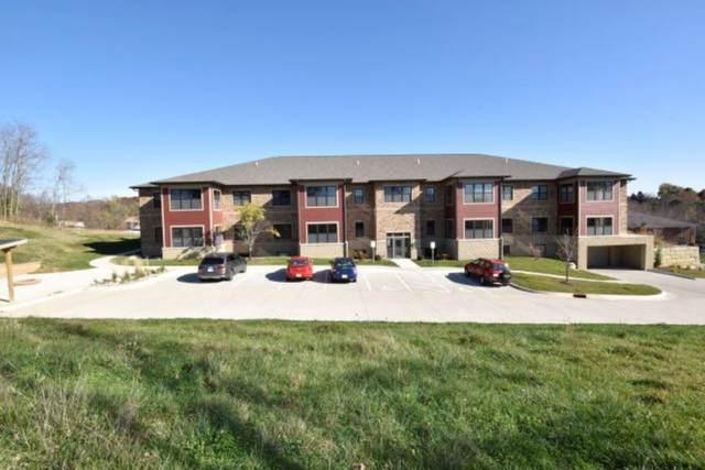 805 N 1st Ave, Iowa City, IA 52245 (MLS #202102503) :: The Johnson Team