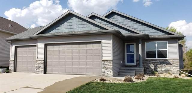 5122 Ruhd St Sw, Cedar Rapids, IA 52404 (MLS #202102616) :: Lepic Elite Home Team