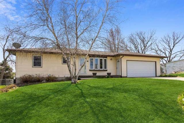 340 S Maple St, West Branch, IA 52358 (MLS #202102661) :: The Johnson Team