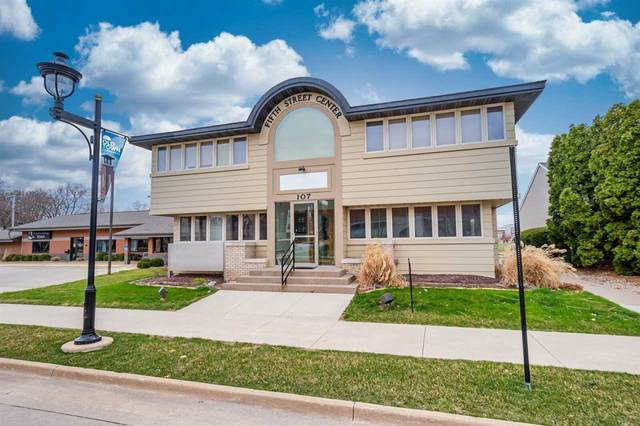 107 5th St #100 Main Floor, Coralville, IA 52241 (MLS #202102697) :: The Johnson Team