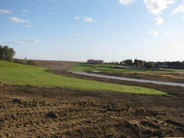 105 Dawson Dr, Lot 3, West Branch, IA 52358 (MLS #202102724) :: The Johnson Team