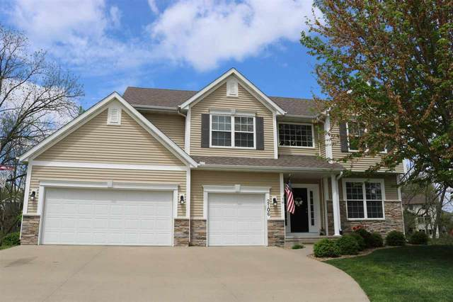 2106 Glen Oaks Knl, Coralville, IA 52241 (MLS #202102728) :: The Johnson Team