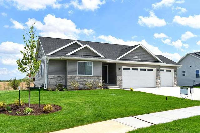 920 Horizon Dr, Tiffin, IA 52340 (MLS #202102783) :: The Johnson Team