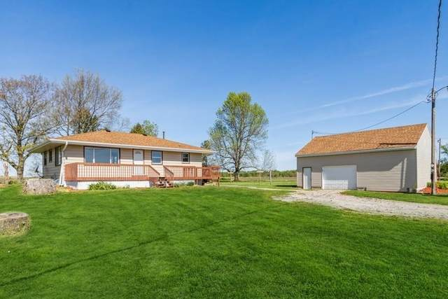 1225 212th Blvd, Belle Plaine, IA 52208 (MLS #202102900) :: The Johnson Team