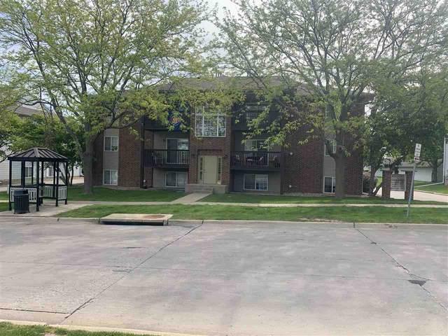 86 West Side Drive #86, Iowa City, IA 52246 (MLS #202102945) :: The Johnson Team