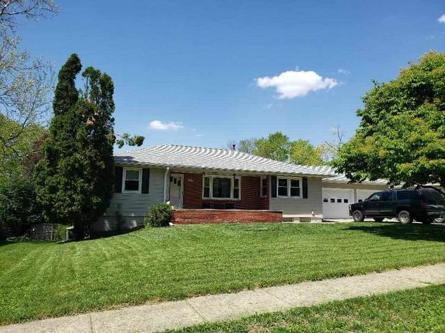 732 13th Ave, Coralville, IA 52241 (MLS #202102971) :: The Johnson Team