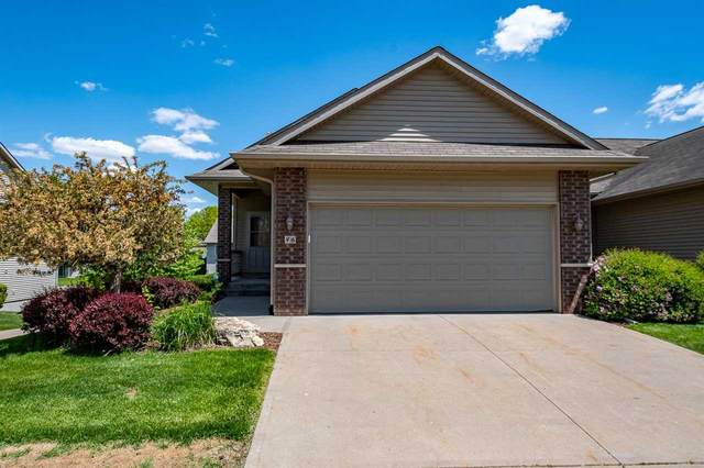 86 Broadmoor Ln, Iowa City, IA 52245 (MLS #202102993) :: The Johnson Team