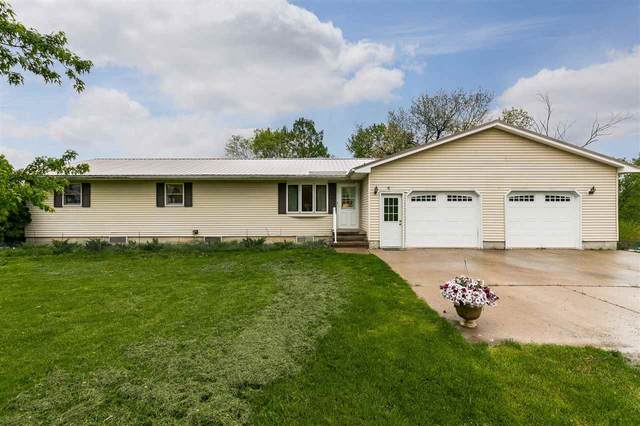 1036 L Ave, Blairstown, IA 52209 (MLS #202103013) :: The Johnson Team