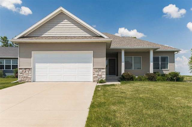 8602 Aldridge Dr Sw, Cedar Rapids, IA 52404 (MLS #202103474) :: Lepic Elite Home Team