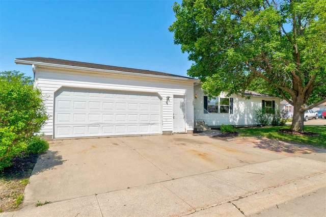 105 Appanoose Ct, Iowa City, IA 52240 (MLS #202103519) :: Lepic Elite Home Team