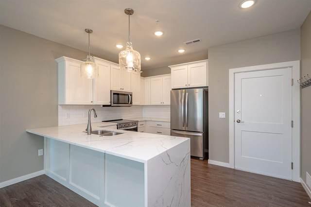 260 N Scott Blvd #205, Iowa City, IA 52245 (MLS #202103573) :: Lepic Elite Home Team