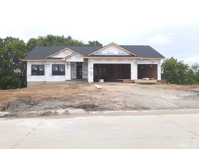606 Cedar Bend Dr, Solon, IA 52333 (MLS #202103707) :: Lepic Elite Home Team
