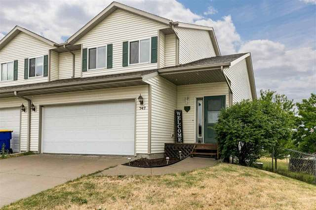 747 Andy Court, North Liberty, IA 52317 (MLS #202103739) :: The Johnson Team