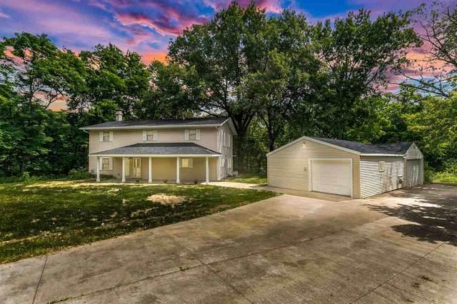 2170 Prairie Du Chien Rd Ne, Iowa City, IA 52240 (MLS #202103743) :: Lepic Elite Home Team