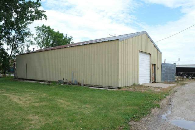 2760 5th Ave., Marion, IA 52302 (MLS #202103767) :: The Johnson Team
