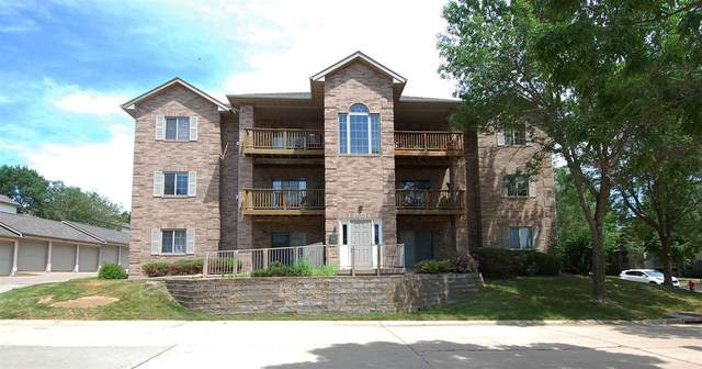 2873 Coral Ct #104, Coralville, IA 52241 (MLS #202104007) :: The Johnson Team