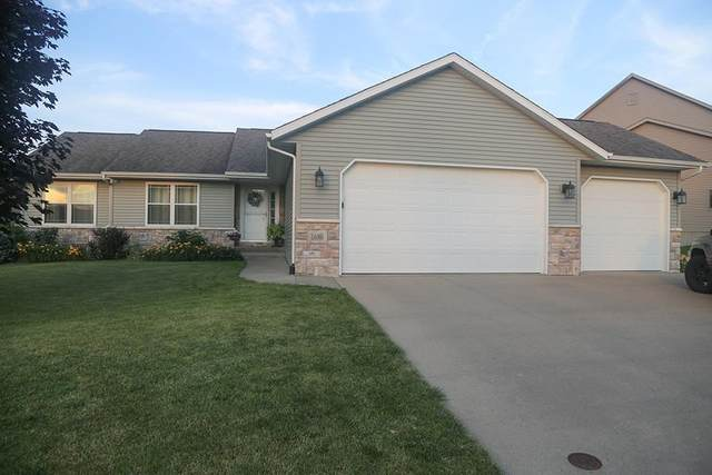 1680 Grizzly Trl, North Liberty, IA 52317 (MLS #202104108) :: The Johnson Team
