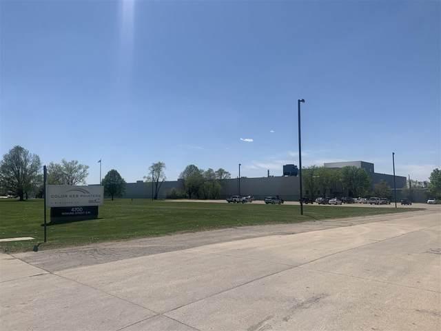 4700 Bowling St Sw, Cedar Rapids, IA 52404 (MLS #202104151) :: Lepic Elite Home Team