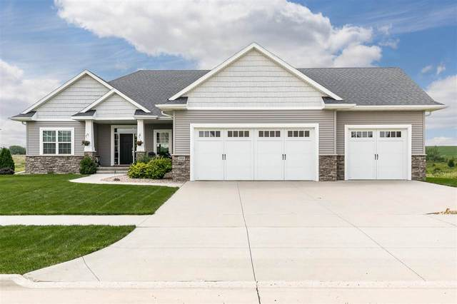 1935 Stone Valley Dr, North Liberty, IA 52317 (MLS #202104274) :: The Johnson Team