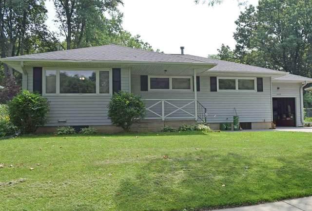1422 Keokuk Street, Iowa City, IA 52240 (MLS #202104317) :: Lepic Elite Home Team