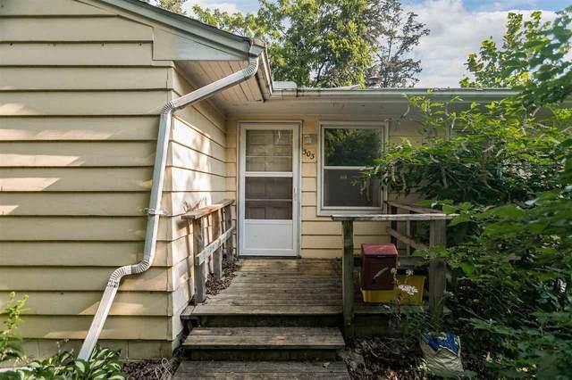 303 7th Street, Coralville, IA 52241 (MLS #202104336) :: Lepic Elite Home Team